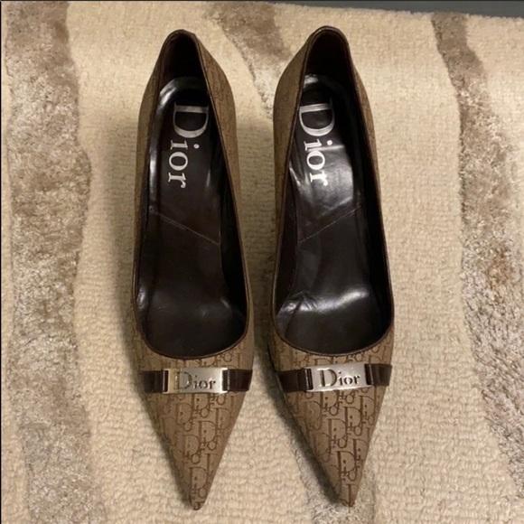Christian Dior logo heels 39.5